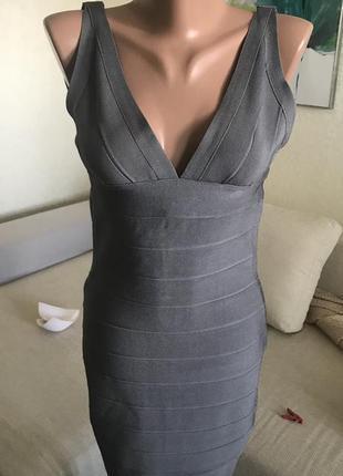 Серое бандажное утягивающее платье резинка herve leger