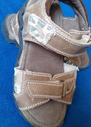 Босоножки jones bootmaker. англия