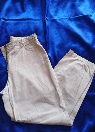 Белые джинсы  brax 40 р.