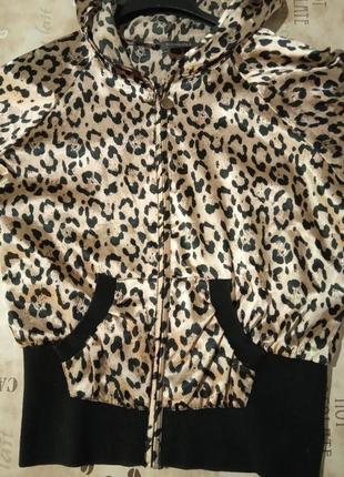 Oggi кофта с капюшоном тигровая