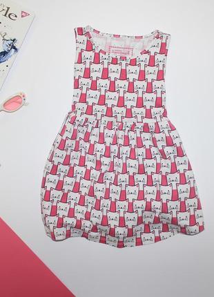 Милое платье в котики на 3-4 года