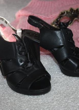 Туфли . босоножки удобный каблучек