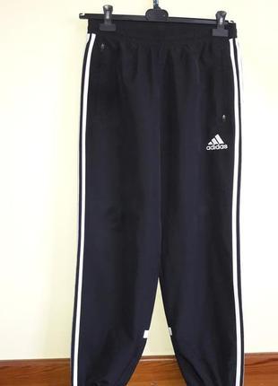 Мужские спортивные брюки adidas, m 100% оригинал