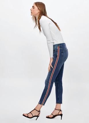 Шикарные джинсы zara с лампасами, 36, 38р, оригинал, испания