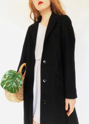 Стильное черное шерстяное классическое пальто от gina tricot