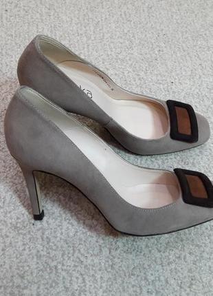 Супер цена шикарные элегантные туфли braska - 36р