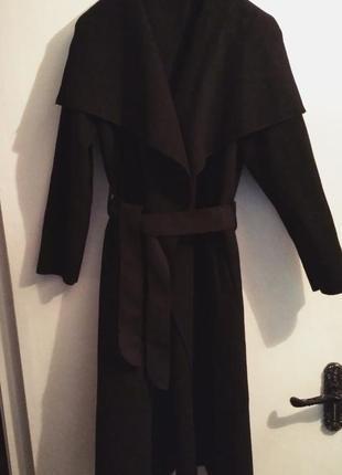 Стильное тонкое пальто/тренч/