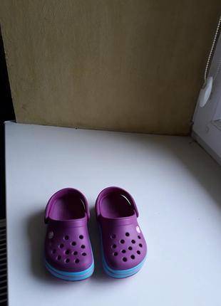 Crocs c 7 23 24