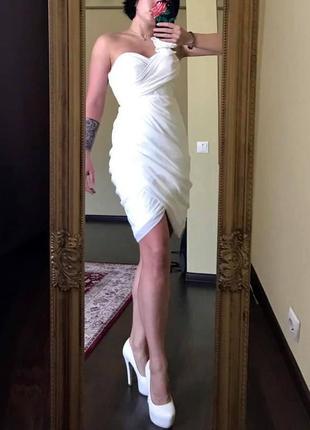 Шикарное белое платье!