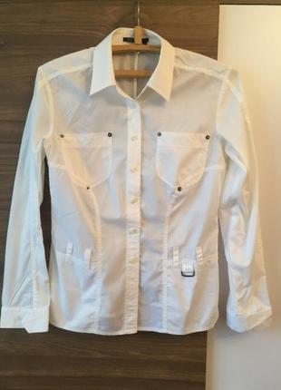 Белая рубашка с длинным рукавом markaurel