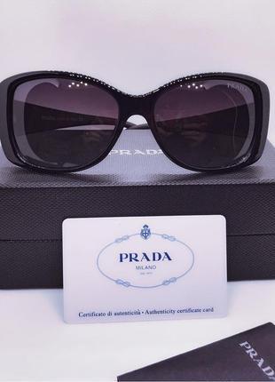 Солнцезащитные очки много