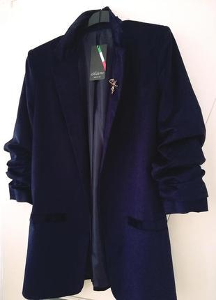 Шикарный велюровый пиджак italia