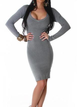 Теплое приятное платье-туника