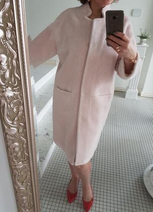 Бледно-бледно розовая зефирная натуральная шуба пальто из овчины