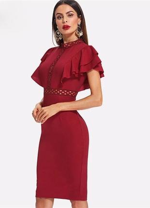 Красное платье с рюшами2 фото