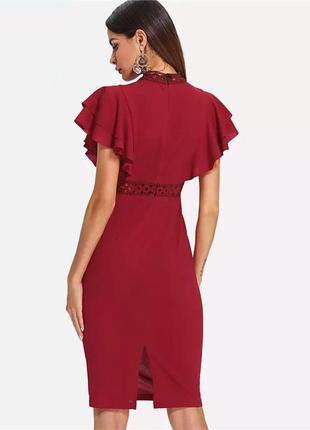 Красное платье с рюшами3 фото