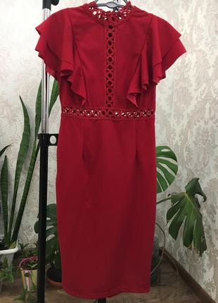 Красное платье с рюшами4 фото