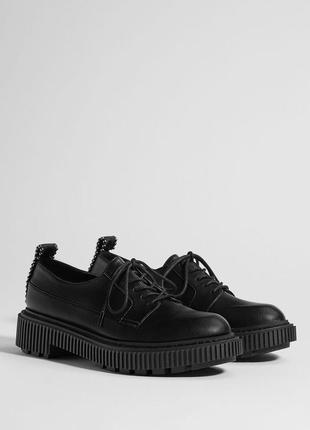 Туфли на каблуке платформа на шнуровке лоферы bershka криперы броги дерби