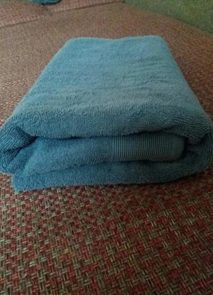 Очень классное банное полотенце 135см на 75см