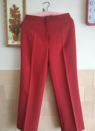 Красные брюки,штаны , очень классные