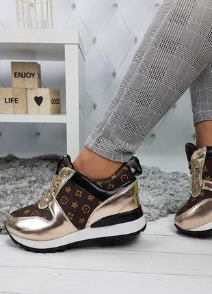 Кроссовки в стиле луи витон lv на танкетке сникерсы золото