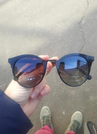 Стильные круглые солнцезащитные очки ray flector