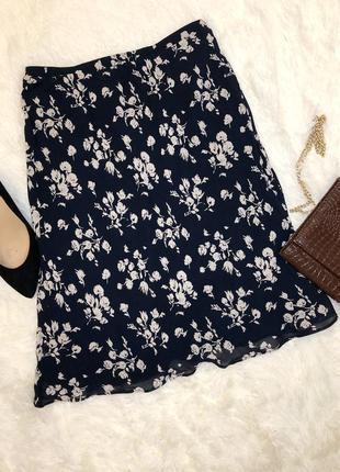 Элегантная юбка в цветочный принт berkertex