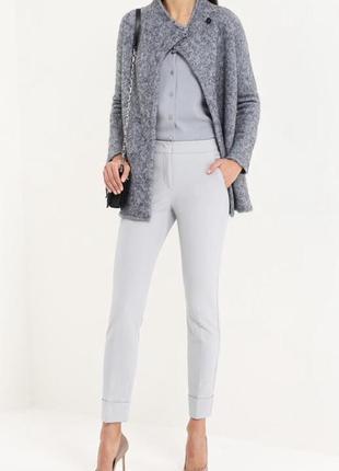 Серые зауженные  брюки сигареты с отворотами
