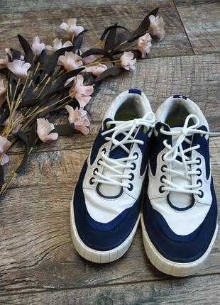 Кроссовки,кеды,туфли на шнуровку от zara/натуральная кожа/белые-34р