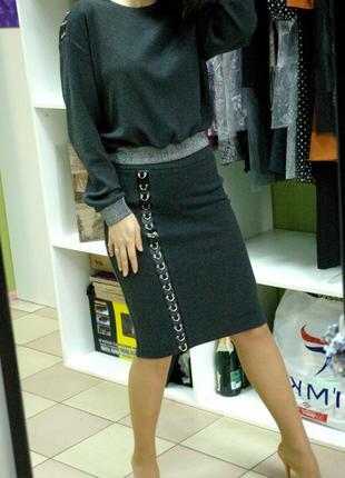 Обалденный юбочный костюм с безумно дорогой, добротной, плотной тканью