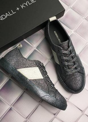 Kendall + kylie оригинал темно-серые кеды с глиттером бренд из сша8 фото