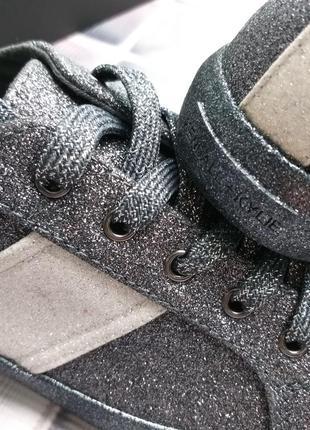 Kendall + kylie оригинал темно-серые кеды с глиттером бренд из сша9 фото