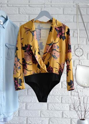 Яркая блузка-боди