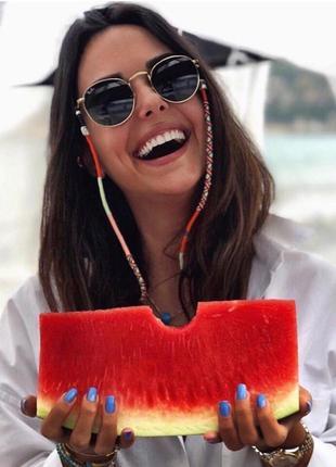 Стилтные очки для модниц