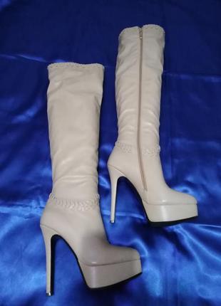 Сапоги ботфорты  princess  светлые  на высоком каблуке