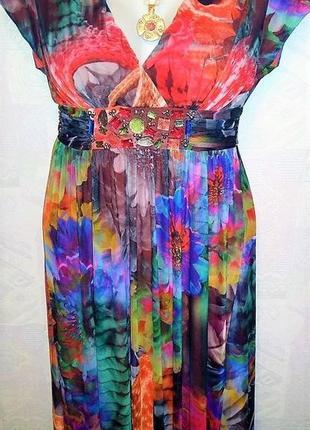 Очень красивое, яркое платье от бренда sogo.оригинал