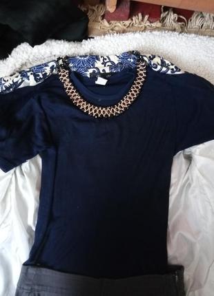 Синяя футболочка