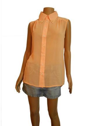 Персиковая шифоновая блузка без рукавов