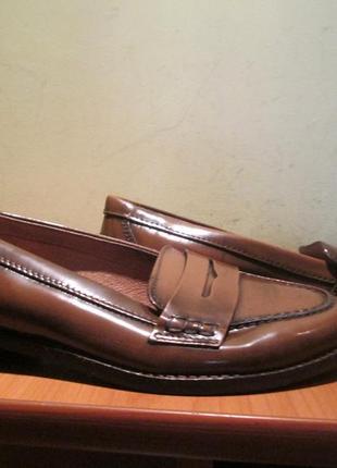 Туфли andre р.37.натур.шкіра.оригинал.сток
