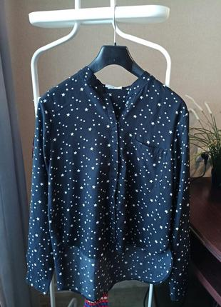Черная блузка, рубашка в принт звёздочки