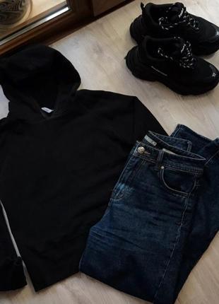 Чёрное худи