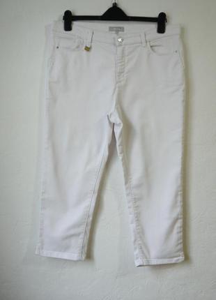 Стрейчевые укороченые брюки джинсы