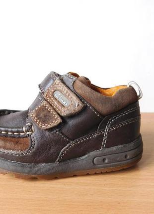Ботинки clarks 21-22 размер