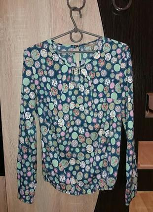Блуза весеняя