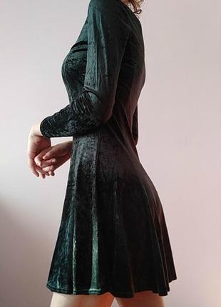 Легкое велюровое платье
