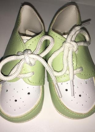 Обувь на ребенка 3-6 месяцев