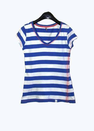 Трикотажная футболка в сине-белую полоску