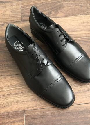 Стильные классические полностью кожаные мужские туфли
