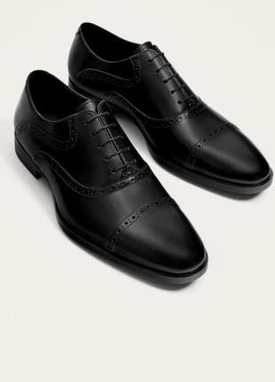 Стильные классические полностью кожаные мужские туфли zara, черного цвета