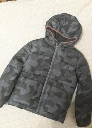 Курточка на хлопчика.